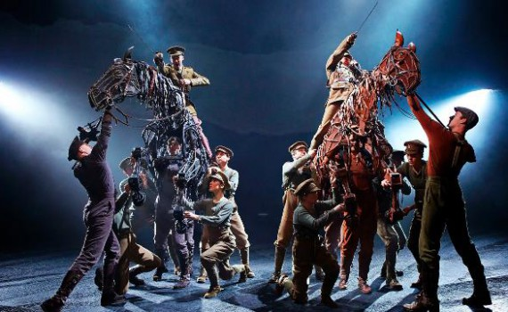 The cast of War Horse at the New London Theatre. Photo by Brinkhoff Mogenburg
