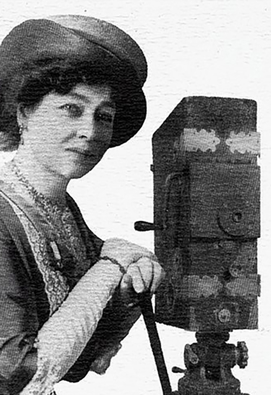 early-french-cinema-pioneer-alice-guy-blache-who-directed-hundreds-of-films-between-1896-and-1920